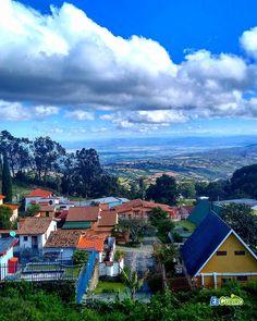 Una vista de Cubiro  y al fondo el Valle de Quibor