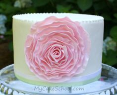 fondant ruffle flower (using for Jodi's wedding cake) Fondant Ruffles, Ruffle Cake, Fondant Flowers, Fondant Cakes, Cupcake Cakes, Rosette Cake, Fondant Rose, Cake Flowers, Pretty Cakes