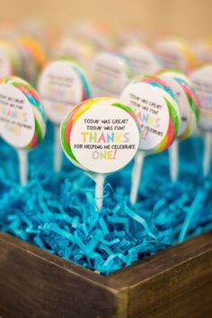 "An ""Oh The Places You'll Go"" themed first birthday with FREE Dr. Seuss party favor printables from Sweetwood Creative Co! (@sweetwoodCC) Dr. Seuss party ideas 