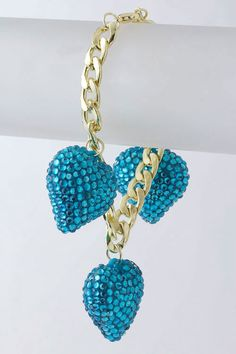 Heart Charm Bracelet. My <3s: turquoise, hearts, bling. This WILL be mine.