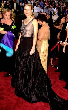Björk from Worst Dressed Stars Ever at the Oscars