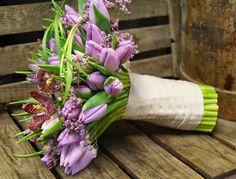 Kreativ Fryd Blomsterbinderi. Brudebukett Holmestrand, Tulipaner og Fritillaria
