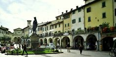 Greve in Chianti - Located in the heart of the Chianti hills, Greve has been the capital of Chianti since the 13th century and is one of the historic gems of the region...  http://www.villa-dievole.com/english/culture-leisure/greve-in-chianti/