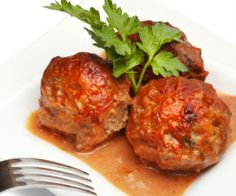 You'll never guess that these meatballs are secretly super healthy! http://stalkerville.net/  #paleo