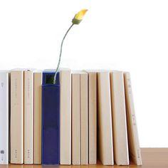 Vase - Livre - Décoration - Subtil - Fleurs