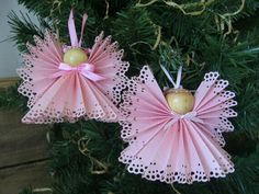 Pink Christmas angels for your pink theme