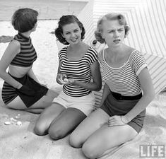 1950's striped beach fashion, photo by Nina Leen from the LIFE picture Collection. #1950s #stripes