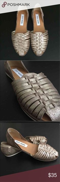 Steve Madden sandals Worn once. Excellent condition. Steve Madden Shoes Flats & Loafers