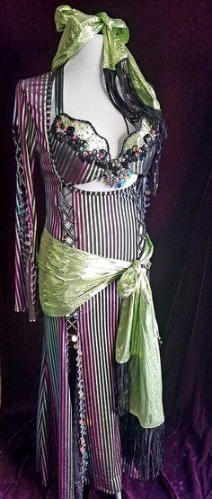 Belly Dance Costumes, Costume Design, Latina, Dresses, Fashion, Vestidos, Dressmaking, Moda, Apparel Design