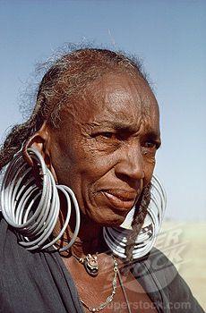 Africa | Elderly Wodaabe woman.  Agadez, Niger | ©Frans Lemmens