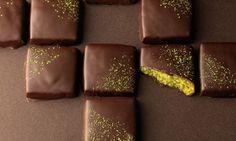 Matcha and chocolate shortbread