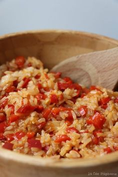 Basmati rice with caramelized peppers, an easy vegan recipe and … - Recipes Easy & Healthy Diet Soup Recipes, Healthy Salad Recipes, Veggie Recipes, Lunch Recipes, Vegetarian Recipes, Healthy Family Dinners, Easy Meals, Vegan Thermomix, Food Porn