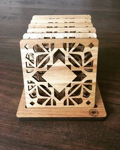 Wood Laser Ideas, Motif Arabesque, Outdoor Table Settings, 3d Printed Objects, Laser Cutter Projects, Wooden Coasters, Cell Phone Holder, Drink Coasters, Geometric Designs
