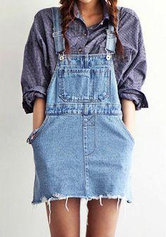Blue Acid-Washed Denim Romper--Would like this look on you MM--LUM. Denim Romper, Denim Jumpsuit, Denim Overalls, Dungaree Dress, Dungarees, Mode Style, Style Me, Inspiration Mode, Mode Vintage