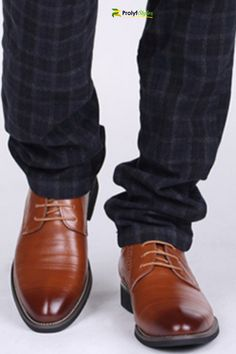 Men Dress shoes for those very special occasion. Latest Mens Fashion, Mens Fashion Shoes, Shoes Men, Man Fashion, Men's Shoes, Fashion Accessories, Dress Shoes With Jeans, Oxford Shoes Outfit, Online Shopping