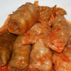 Here's my tried and true cabbage rolls recipe that is a must have for every Christmas. First of all, the big difference between Romanian cab. Thm Recipes, Dinner Recipes, Cooking Recipes, Recipies, Lunches And Dinners, Meals, Jo Cooks, Cabbage Rolls Recipe, Romanian Food
