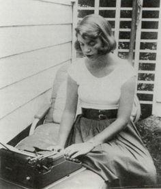 «Voglio spiegare perché uso vocaboli selezionati uno per uno a ragion veduta» —  Sylvia Plath