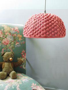 Crochet Life Inspiration only, no pattern Lampe Crochet, Crochet Lampshade, Crochet Diy, Crochet Home Decor, Crochet Hats, Deco Luminaire, Deco Boheme, Granny Chic, Baby Decor