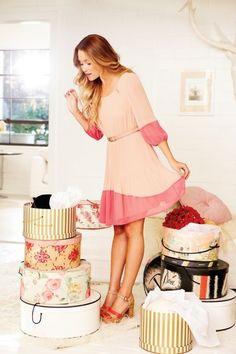 <3 her dress :)