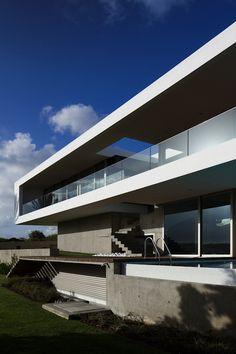 Casa LT164 by Mario Martins