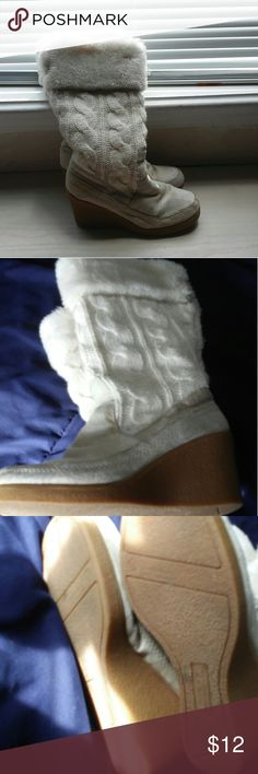 A&E boots American eagle cream wedge boots American Eagle Outfitters Shoes Winter & Rain Boots