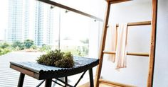 13 balcony designs that'll put you at ease instantly If you live alone and a narrow balcony like this is only yours to enjoy, try decking it out with a slightly over-sized furniture. It'll create a nook that's surprisingly cosy. Apartment Balcony Decorating, Apartment Balconies, Cozy Apartment, Apartment Living, Apartment Ideas, Balcony Bench, Narrow Balcony, Small Balcony Garden, Balcony Ideas