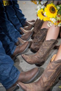 Bridesmaids and groomsmen cowboy boots