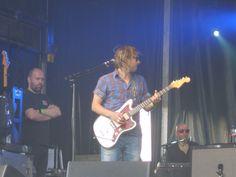 Feeder (Grant Nicholas), Richmond, June 2010
