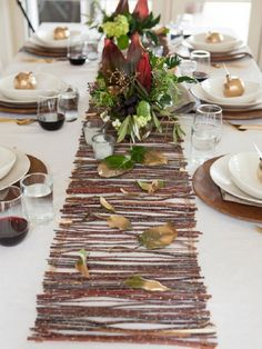 6-Table-Runner-woodwork-project...use hemp to fasten the twigs together