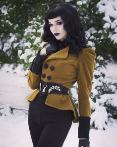 Except without the over- the- top both makeup look. Aside from that, really diggin' this outfit. Gothic Fashion Men, Dark Fashion, Grunge Fashion, Vintage Fashion, Steampunk Fashion, Gothic Steampunk, Steampunk Clothing, Gothic Clothing, Fashion Women
