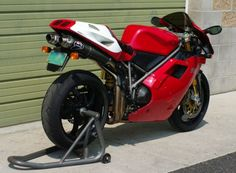 Ducati 996 SPS - Rear Right