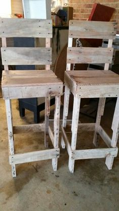 Read information on Pallet Projects Bar Pallet, Pallet Bar Stools, Palet Bar, Pallet Stool, Pallet Crates, Wooden Pallets, Pallet Furniture, Rustic Outdoor Bar Stools, Furniture Ideas