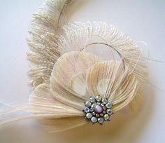 Ivory peacock feather hair clip - Etsy