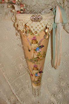 Victorian Tussie Mussie   Flickr - Photo Sharing!