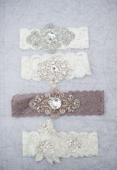 Vintage garters - Wedding Inspirations