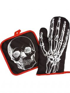 """X-Ray Skeleton"" Kitchen Set by Sourpuss Clothing (Black/White)"
