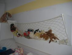 Newest Cost-Free Net - storage for cuddly toys shelf, nursery, children, net Style Got kids ? Then you definitely realize that their stuff winds up virtually all over the house! Living Room Ornaments, Stuffed Animal Storage, Stuffed Animals, Ikea Pictures, Toy Shelves, Organized Mom, Nursery Organization, Colorful Pillows, One Bedroom