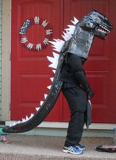 As I said, I spent a good portion of October building my son a Godzilla costume. He is a HUGE Godzilla fan, and this wasn't the first year he has asked to go as his favorite Japanese monster. Godzilla Party, Godzilla Halloween Costume, Godzilla Birthday Party, Godzilla Toys, Dragon Birthday, Halloween Costumes For Kids, Fall Halloween, Halloween Decorations, Drake's Birthday