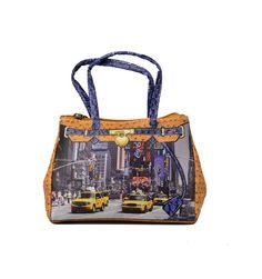 Køb denne lille micro taske i brune farver med storby billed.