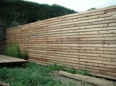 awesome 44 Easy And Cheap Backyard Privacy Fence Design Ideas Backyard Privacy, Backyard Fences, Backyard Projects, Outdoor Projects, Pool Fence, Garden Fences, Fence Landscaping, Privacy Fence Designs, Privacy Fences