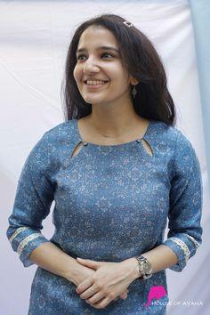 Churidhar Neck Designs, Neck Designs For Suits, Neckline Designs, Sleeves Designs For Dresses, Dress Neck Designs, Fancy Blouse Designs, Stylish Dress Designs, Sleeve Designs For Kurtis, Neck Design For Kurtis