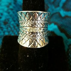NEW Silver plated ring Silver plated ring with Dimond details size 18 Jewelry Earrings