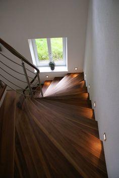 Merdiven,Dubleks ev merdiveni, Ahşap merdiven, Döner merdiven, Cam Basamaklı Merdiven, Ucuz merdiven, Dar alan merdiveni, Konsol merdiven im...