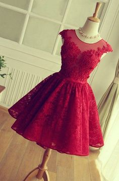 Luxurious Scoop A-line Short Red Lace Homecoming Dress