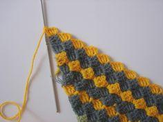 The Lazy Hobbyhopper: How to crochet diagonally - Tutorial