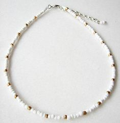 White Beaded Choker White Choker Gold Choker Necklace - Care - Skin care , beauty ideas and skin care tips Dainty Diamond Necklace, Gold Choker Necklace, Simple Necklace, Diy Necklace, Seed Bead Necklace, Summer Necklace, Collar Necklace, Pearl Choker, White Necklace