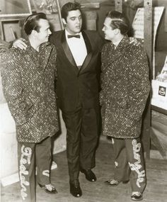 Elvis Presley and Bobby Darin Elvis Presley and Faron Young Elvis Presley and Gov. Nelson Rockefeller (R-NY) Elvis Presley and Jackie. Young Elvis, Heartbreak Hotel, John Lennon Beatles, Elvis Presley Photos, Buddy Holly, Grand Ole Opry, Christmas Shows, Chuck Berry, Country Music Singers
