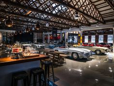 Collector Cars, Vintage Cars, Bar, Business, Store, Business Illustration, Classic Cars, Retro Cars