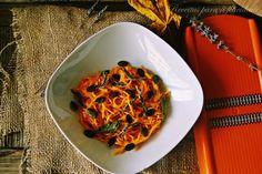 Esparguete de Abóbora com Molho Especial - http://gostinhos.com/esparguete-de-abobora-com-molho-especial/