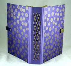 1000+ images about Encadernações on Pinterest | Bookbinding, Book ... www.pinterest.com236 × 222Search by image Bookbinding Art, Book Art, Bookbinding Inspiration, Bookbinding Class, Bookbinding Bookbinding, Bookbinding Exposed, Binding Bookarts - Google Search